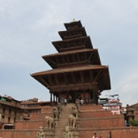 "Bhaktapur : Taumadhi Tole • <a style=""font-size:0.8em;"" href=""http://www.flickr.com/photos/22252278@N05/21640612741/"" target=""_blank"">View on Flickr</a>"