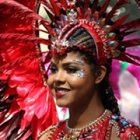 "Carnaval de Notting Hill 2017 • <a style=""font-size:0.8em;"" href=""http://www.flickr.com/photos/22252278@N05/42741830590/"" target=""_blank"">View on Flickr</a>"