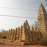 "Bobo Dioulasso • <a style=""font-size:0.8em;"" href=""http://www.flickr.com/photos/22252278@N05/35879524973/"" target=""_blank"">View on Flickr</a>"